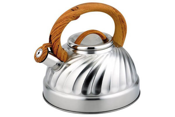 Whistling Tea Kettle Stainless Steel Undee Spiral